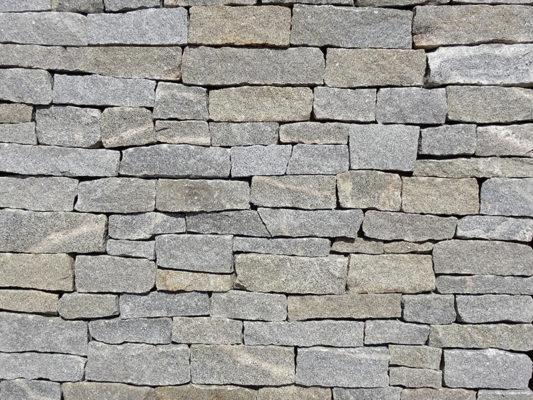 Stoneyard Portsmouth Granite Ledgestone