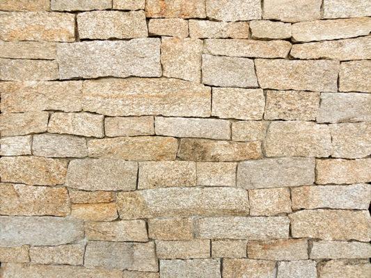Stoneyard Rustic Tan Ledgestone