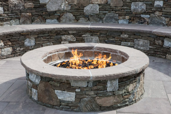 Stonefire Outdoor Fire Pit