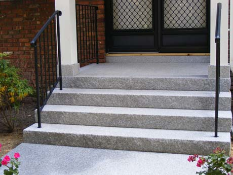Woodbury Granite Split Faced Riser Step